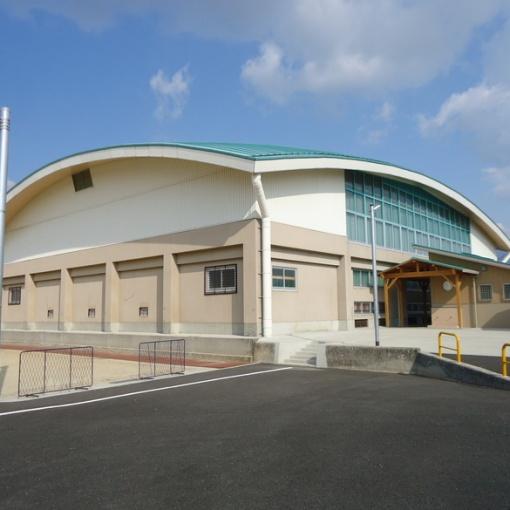 南島原市立西有家小学校体育館